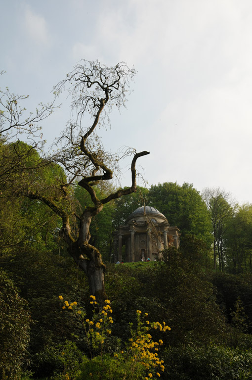 Stourhead garden, review of National Trust house in Wiltshire