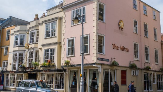 Review of the mitre restaurant in Oxford