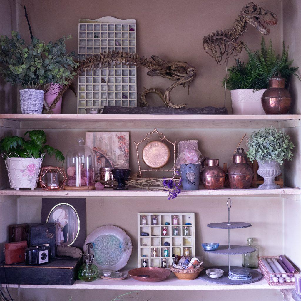 Shelfie - styling shelves