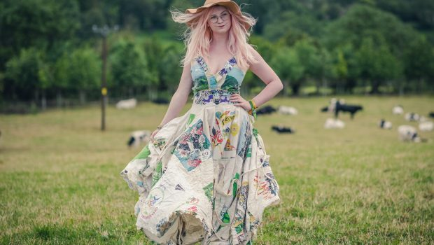 Glastonbury festival wedding dress