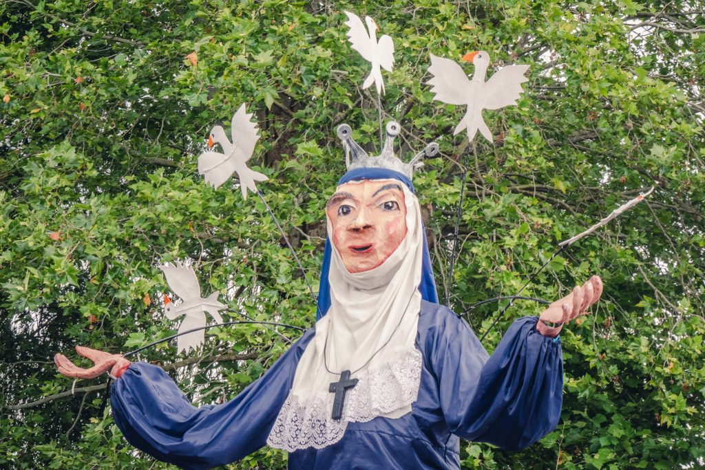 Tewkesbury medieval festival parade