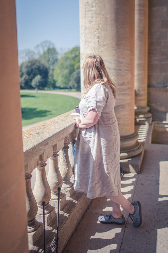 Styling a linen summer dress