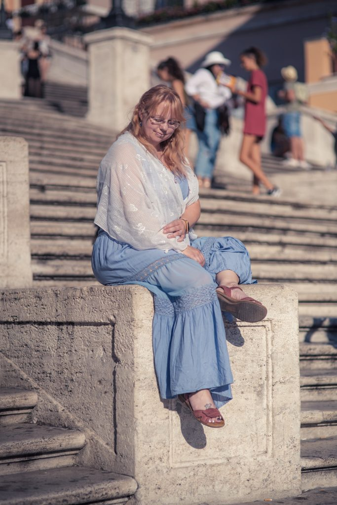 A bohemian outfit for sightseeing in Rome